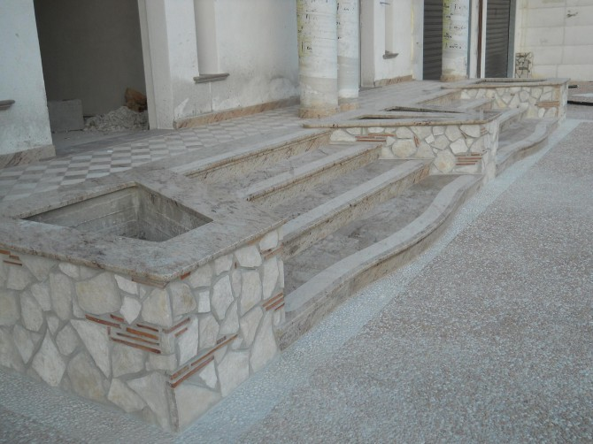 Scala esterna in pietra vr74 regardsdefemmes for Stucco e pietra esterna